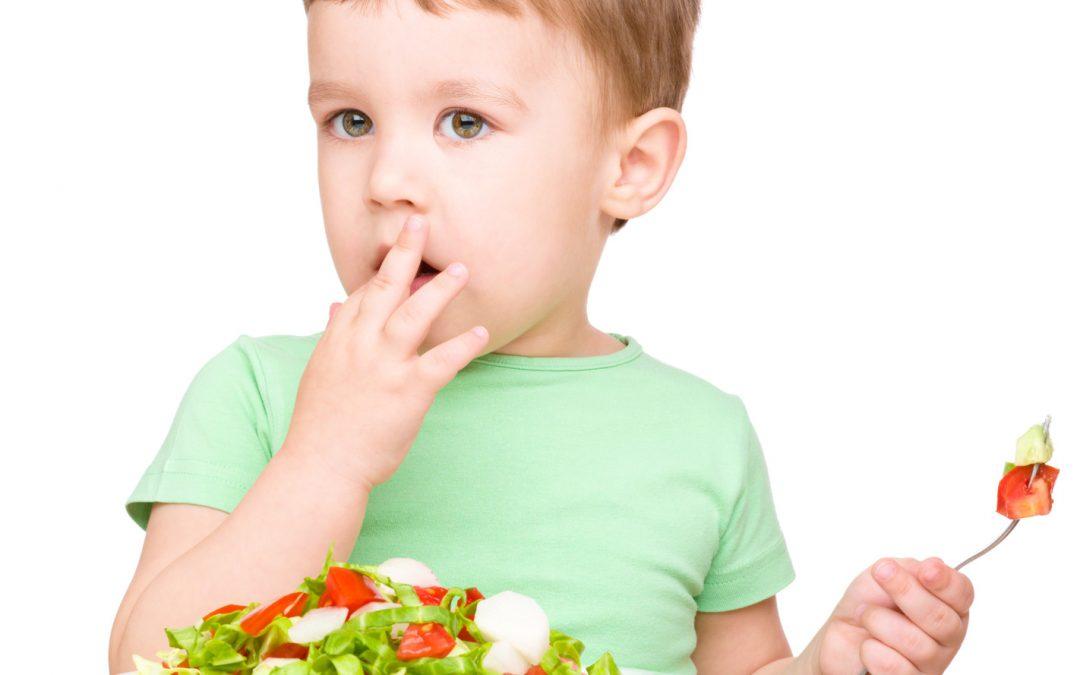 8 доказани начина да накарат децата да ядат повече плодове и зеленчуци